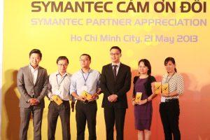 2013_VN_Partner_Awards_HCM